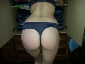 Maurillia independent escorts in New Albany