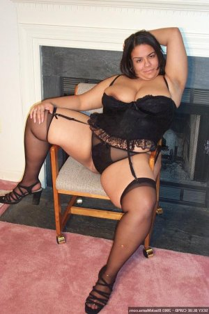 Isabelle-marie incall escorts in Harrisburg, NC